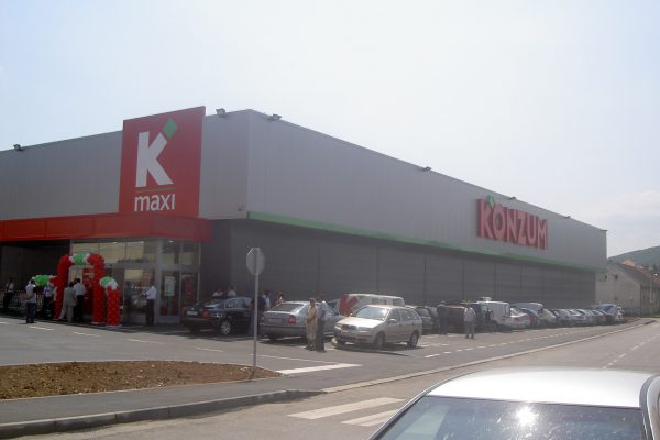 konzum_otocac 002
